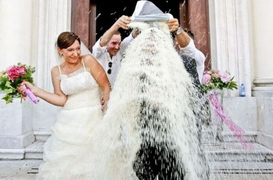 Poročni običaji